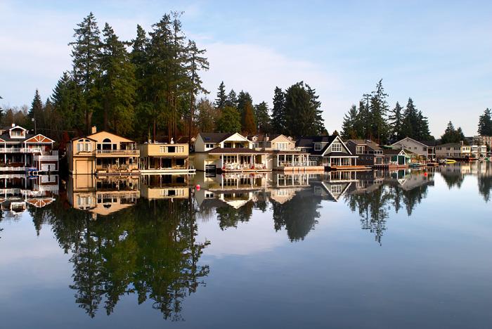 2005-01-18-LakeOswegoHomes-