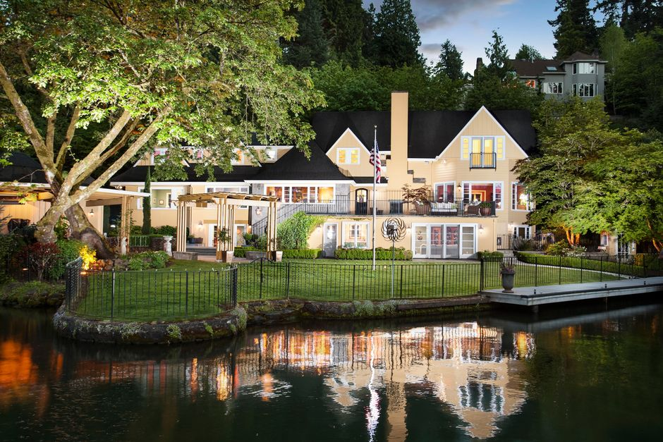 lake oswego waterfront homes for sale